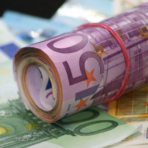bigstock A Bunch Of European Euro In De 312391414