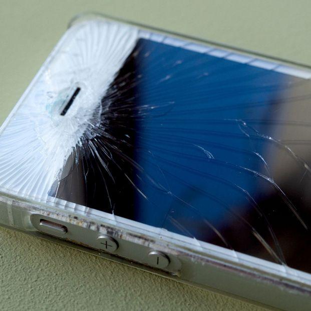 bigstock Broken Glass Screen Smartphone 363839749