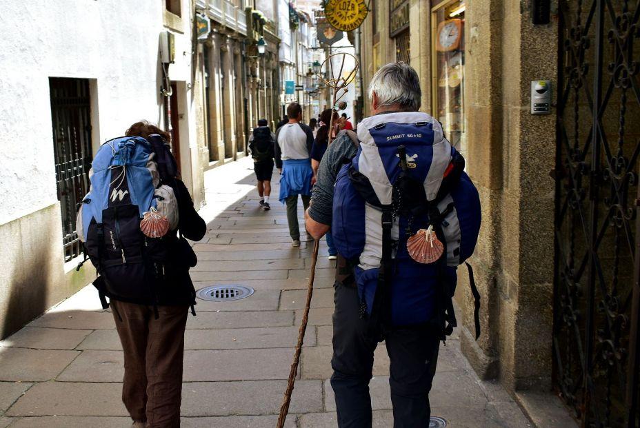 ¿Mayor para el Camino de Santiago? 5 recomendaciones para que la edad no importe. Bigstock